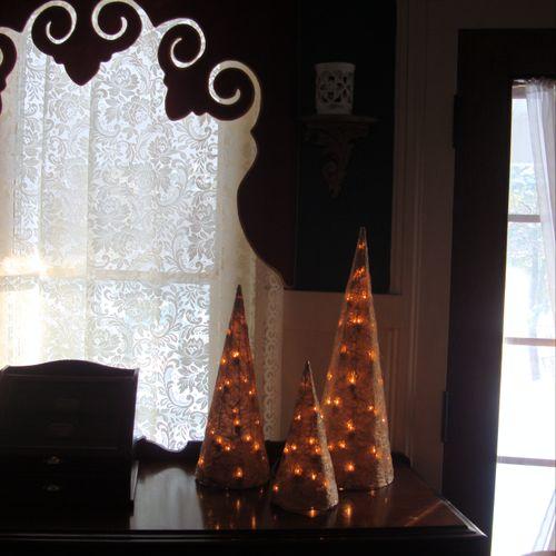 Foyer trees