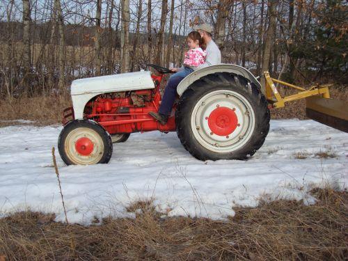Spring snow tractor ride