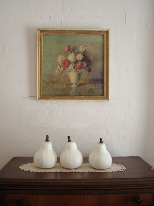 3 pears and vintage art